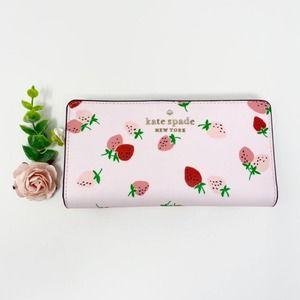 New Kate Spade Strawberry Bifold wallet
